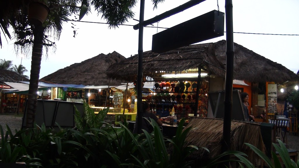 CAMBODIA: Siem Reap's Night Market & Dr. Fish